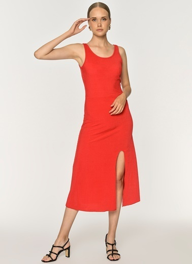Loves You Kalın Askılı Yırtmaçlı Kaşkorse Elbise Kırmızı